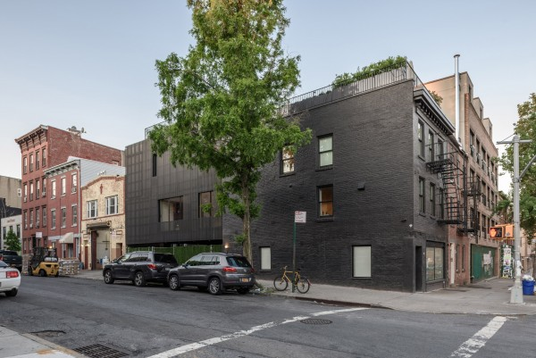 wythe-corner-house-young-projects002-livinghomelifestyle