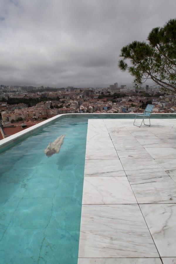 casa-do-monte-lisbon-portugal-livinghomelifestyle-002